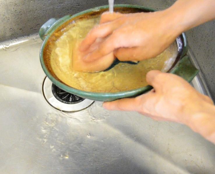 土鍋の洗い方