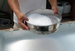天日・手揉み塩「美味海(うまみ)」ができるまで