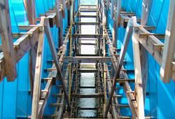 海水のくみ上げから海水の蒸発・濃縮まで