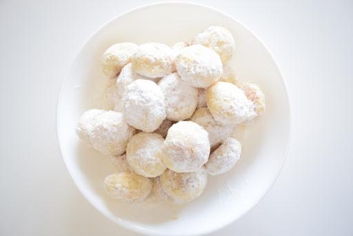 ほろほろ米粉のスノーボール・クッキー