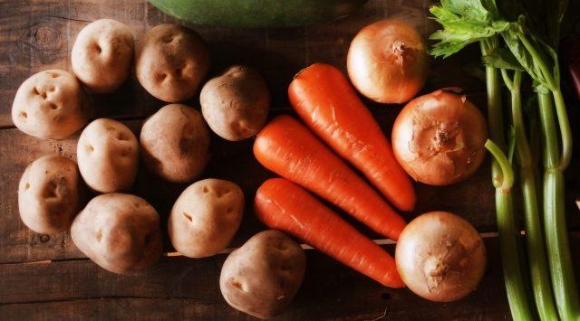 野菜(根菜)の味噌汁