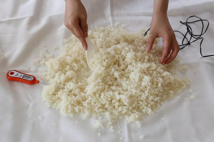米を冷ます