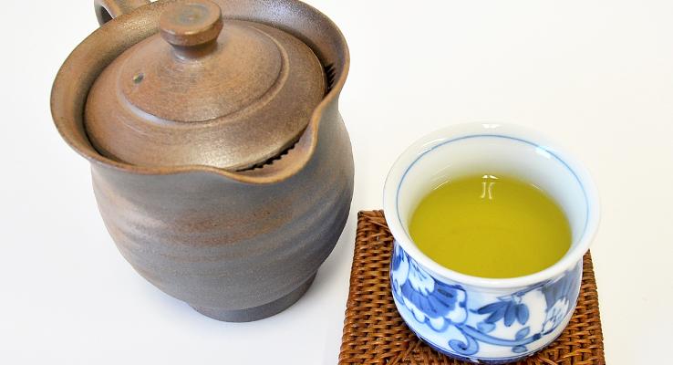 prepare_tea_with_teapot