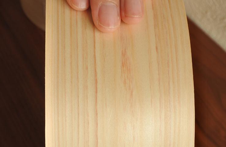 国産ひのきの美しい木肌