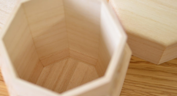 八角茶筒【国産桐使用】