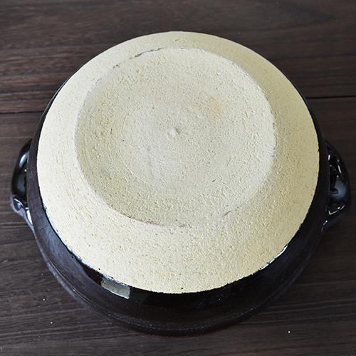 東屋の飯炊き釜二合炊き