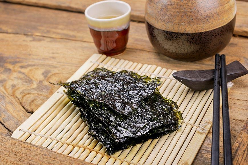 dried seaweed snack