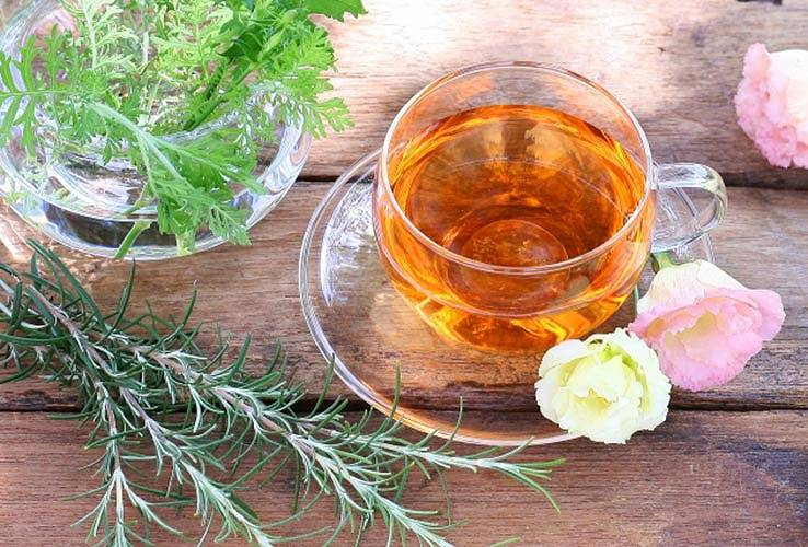 リンゴ酢ドリンク(紅茶割り)