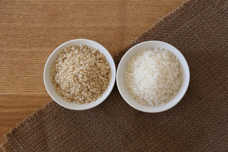 calorie_carbs_brown_white_rice
