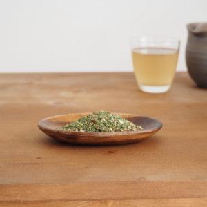 松の葉茶の淹れ方と効能|血管を強くきれいにして、高血圧予防に!