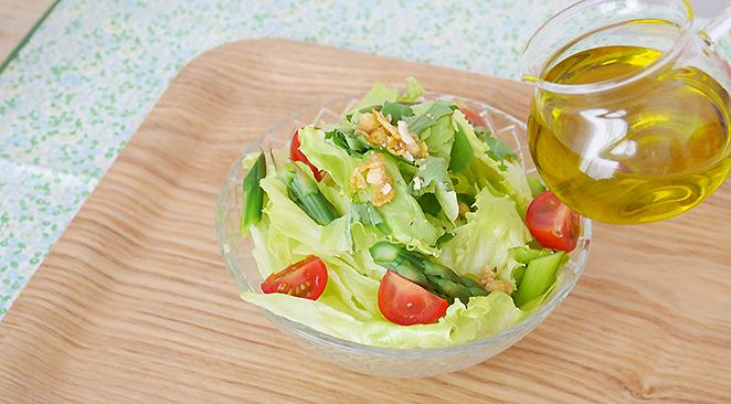 Organic flaxseed oil salad
