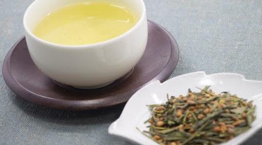 玄米茶とは