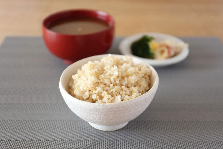 発芽玄米の糖質とカロリー